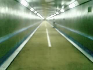人道トンネル(1)